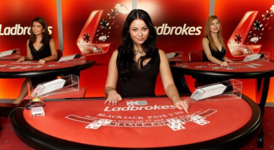 Live Dealer Blackjack im Ladbrokes Casino